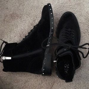 Vince Camino boots